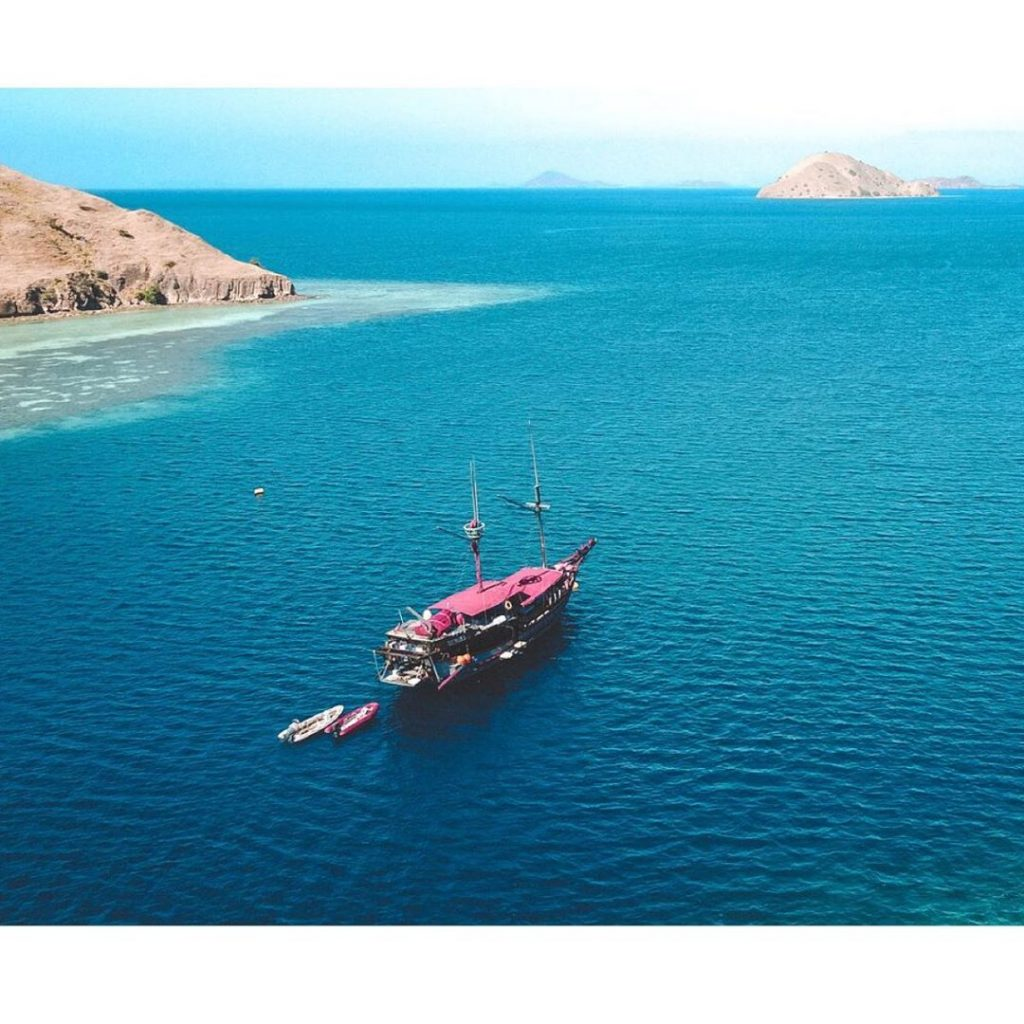Calculate your Komodo Liveaboard budget carefully before booking!