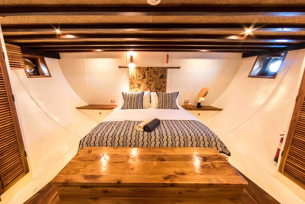 main bedrom magia 2 yacht | Hello Flores