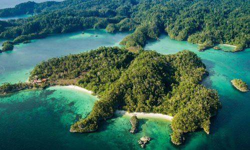 Triton Bay - west papua tour